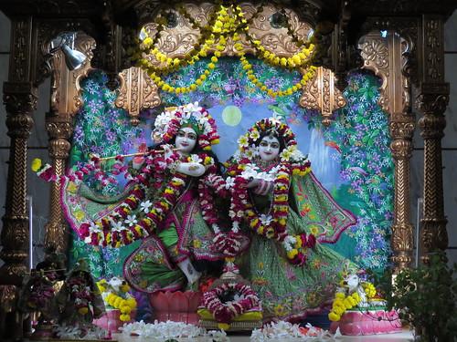 ISKCON Vallabh Vidyanagar Deity Darshan 11 Nov 2019
