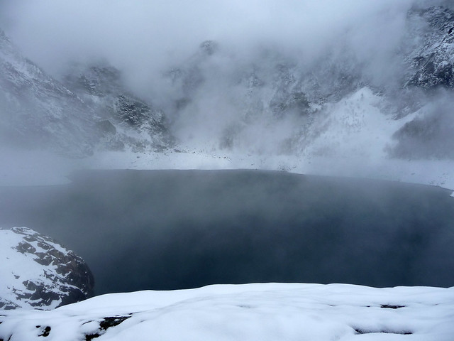 Brouillard sur le lac d'Ôo