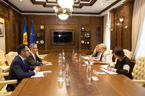11.11.2019 Întrevederea Președintelui Parlamentului Zinaida Greceanîi cu Claus Neukirch, șeful misiunii OSCE în Republica Moldova