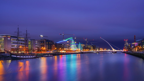 city longexposure night photography cityscape urban ilcea7m2 sunset samuelbeckettbridge dublin ireland