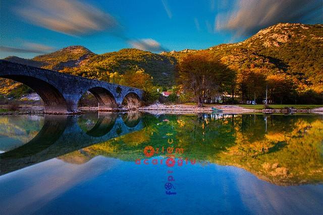 Autumn colors at Rijeka Crnojevića Bridge,  Crna Gora....