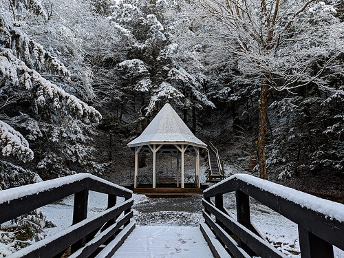 gazebo victoriapark novascotia colchestercounty canada truro snow snowcovered winter landscape trees bridge beautiful white googlepixel3xl cameraphone footprints