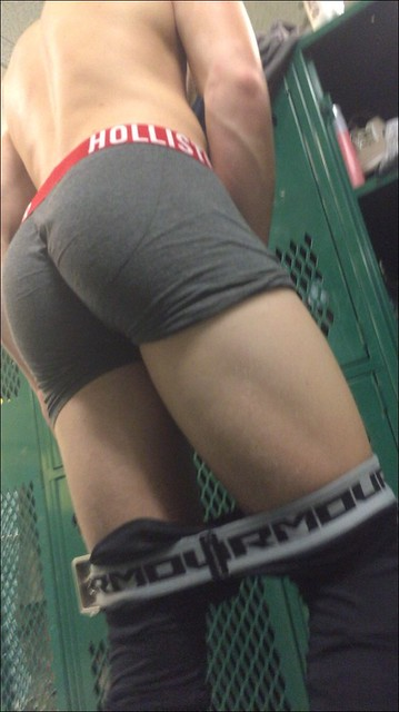 Hot bubble butt locker room