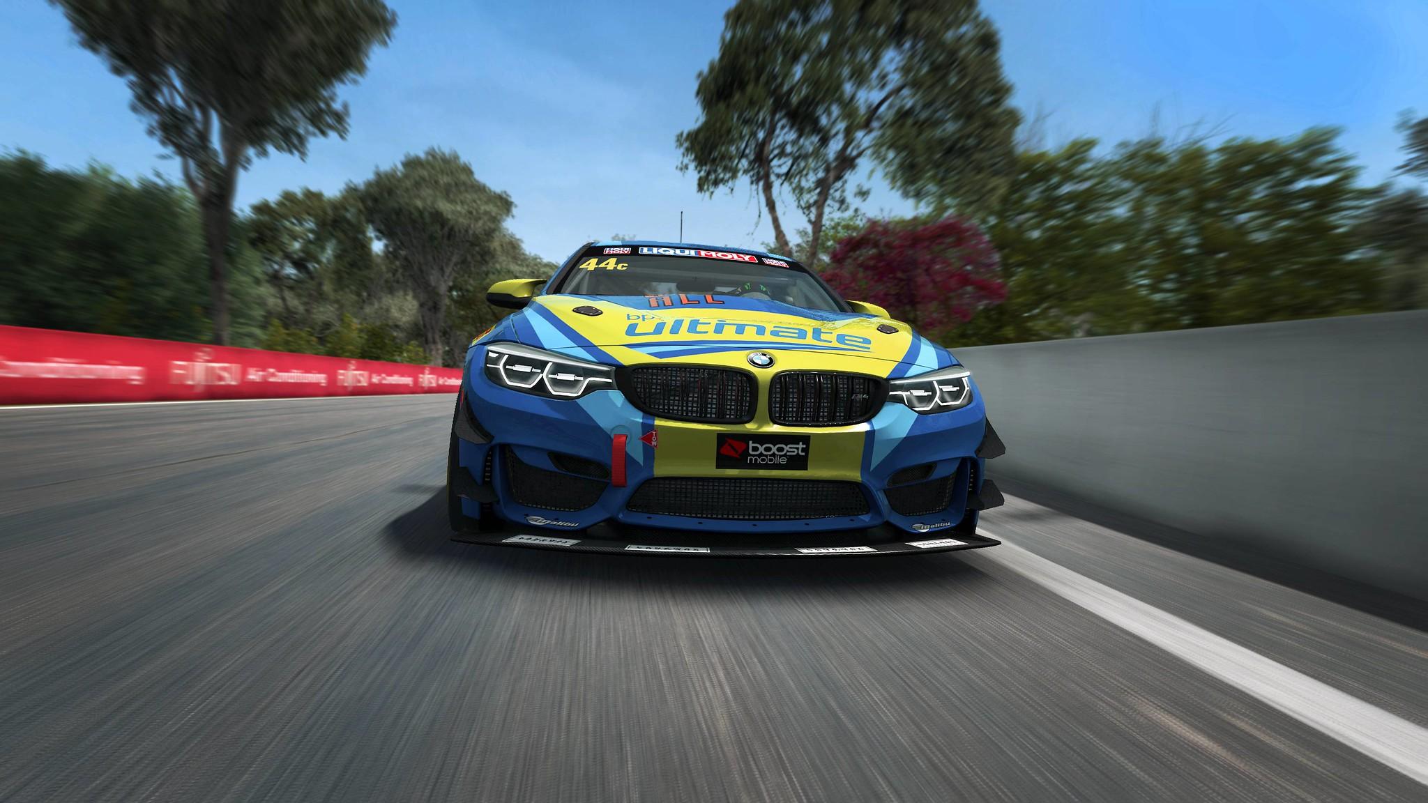 RaceRoom BMW M4 4