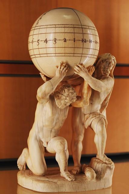 Figurine Atlas et Hercule soutenant un sphère (XVIIe siècle)