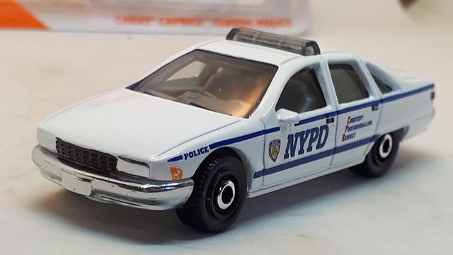 MATCHBOX 1994 CHEVROLET CAPRICE MK4 CLASSIC NO11 NYPD CAR 1/64