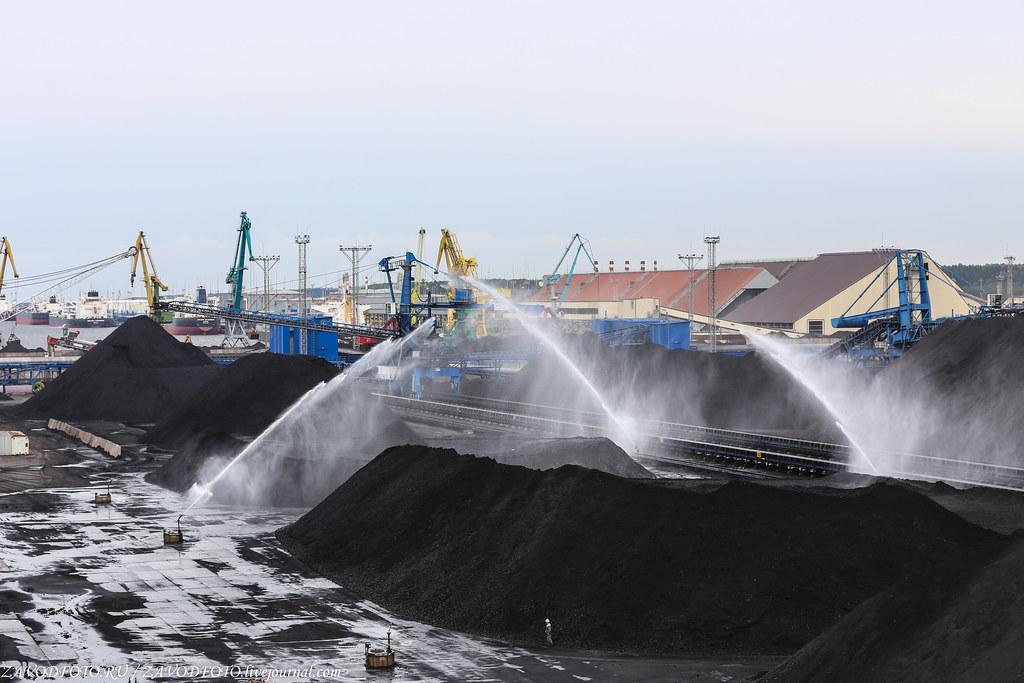 Ростерминалуголь - самый современный угольный терминал на Балтике терминала, терминале, «Ростерминалуголь», станции, штабелей, порта, угольном, составляет, через, угольных, более, Ленинградской, проходит, области, угольного, России, УстьЛуга, между, система, угольный