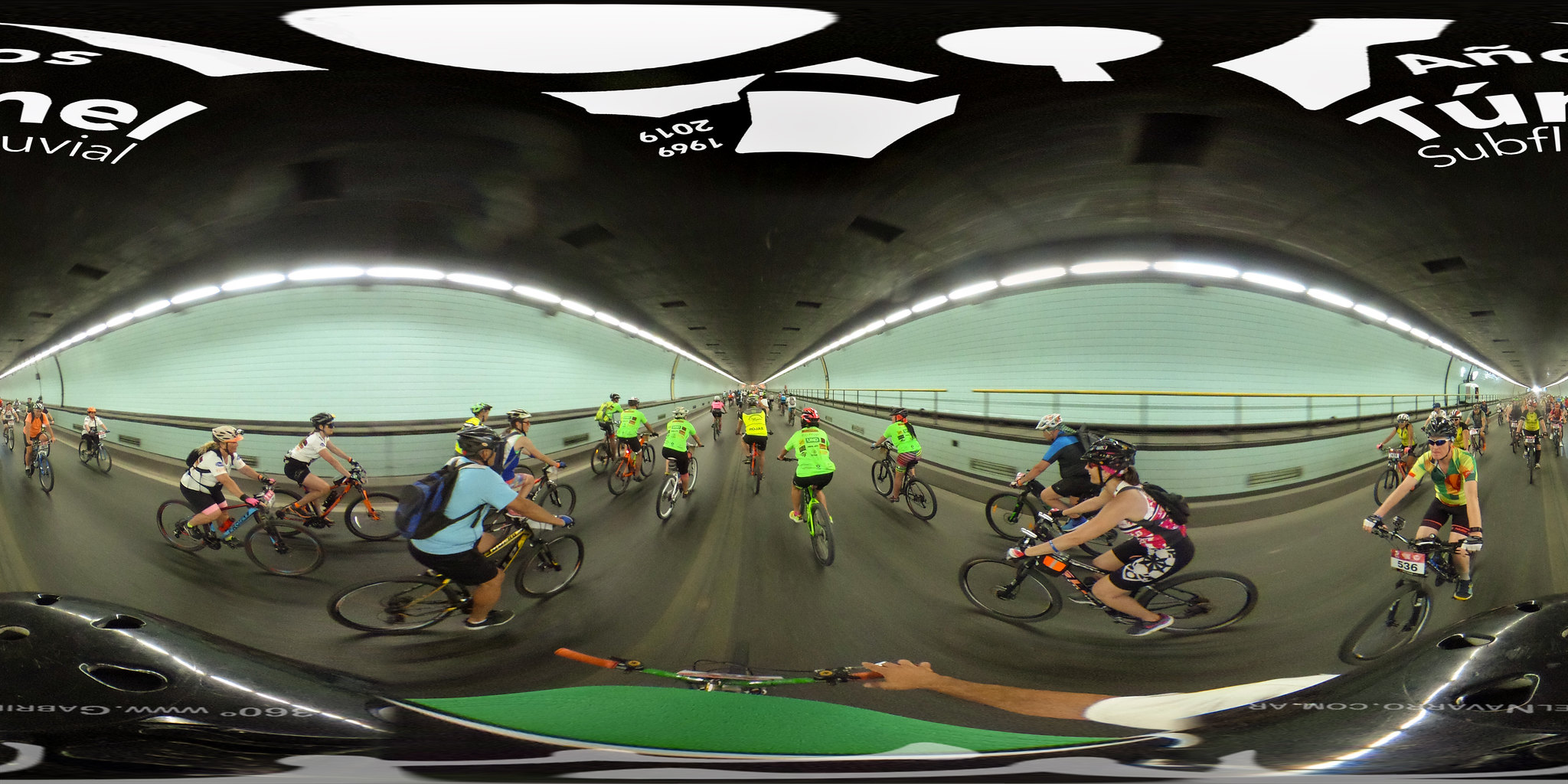 Tunel Subfluvial en bici