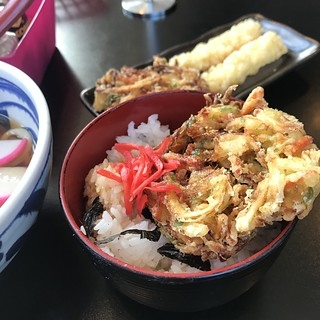 Tempura-Fried Onion- accompanist- to a Lunch Special on Saturday- @Umacamon- Rolling Meadows,IL | by Man_of Steel