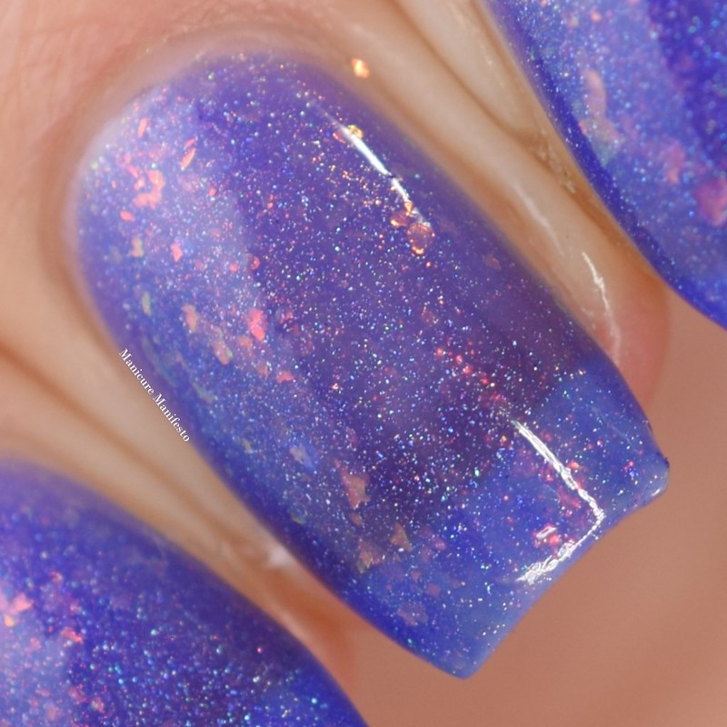 Indigo Bananas Hole In The Sky swatch