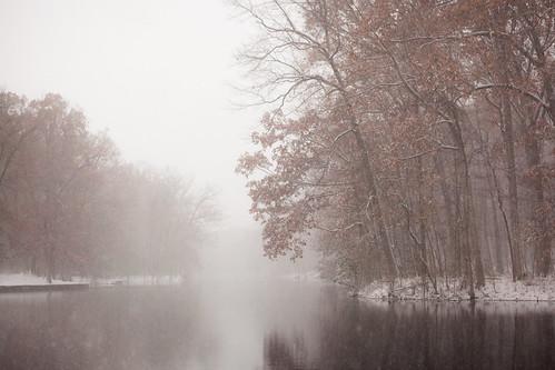 landscape lucascounty ohio outdoors nature oakopeningspreserve lake evergreenlake tree trees snow snowfall canon