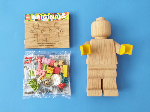 LEGO Originals Wooden Minifigure (853967)