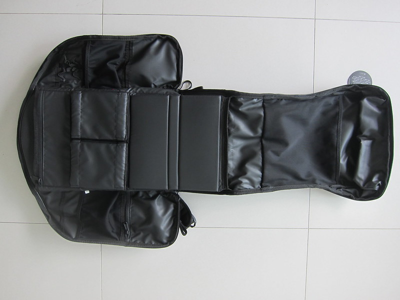 Wandrd DUO Daypack - Fully Opened