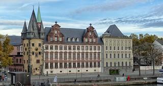 Frankfurt Saalhof mit Zollturm