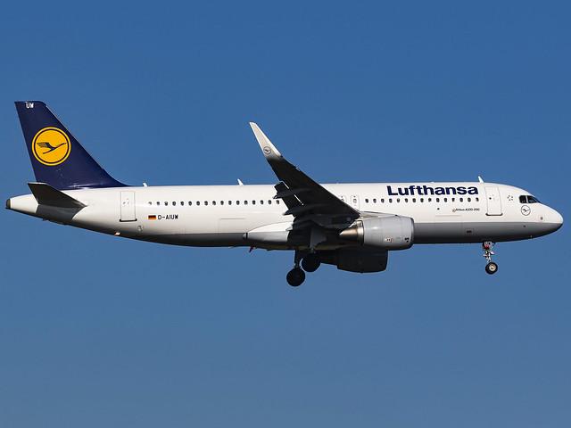 Lufthansa | Airbus A320-214(WL) | D-AIUW