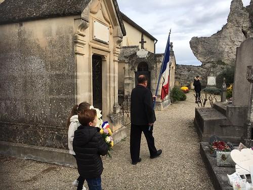 4entrée drapeau cimetière
