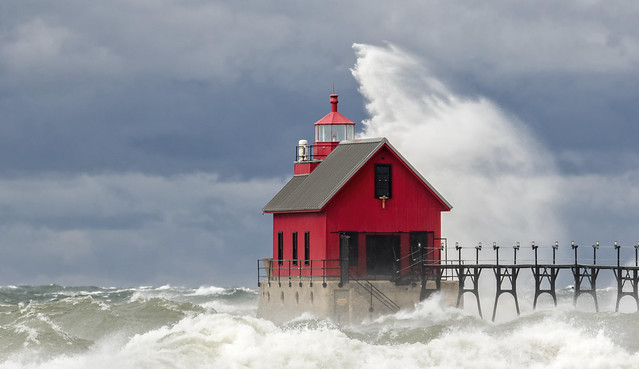 Grand Haven Waves....