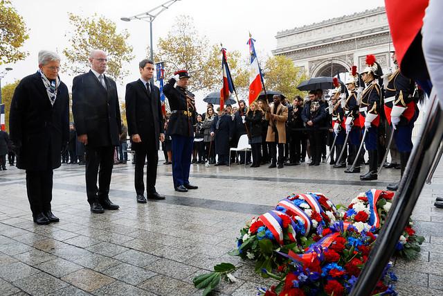 Cérémonie de commémoration de l'Armistice du 11 novembre en l'honneur des étudiants
