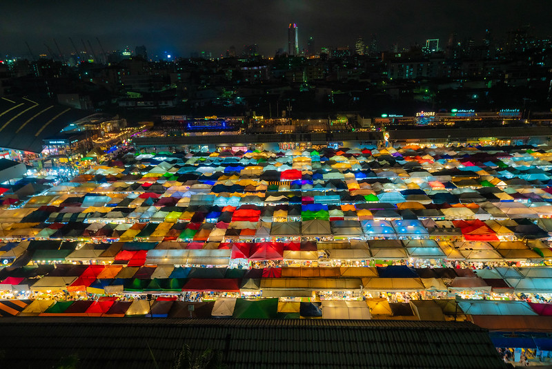 バンコクの鉄道市場