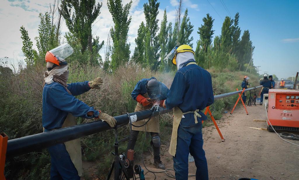 2019-11-12 PRENSA:  Sergio Uñac visitó San Martín: inauguró pavimento y evaluó el avance de obra del gasoducto