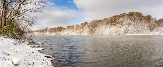 November Snow at Middlefork Reservoir