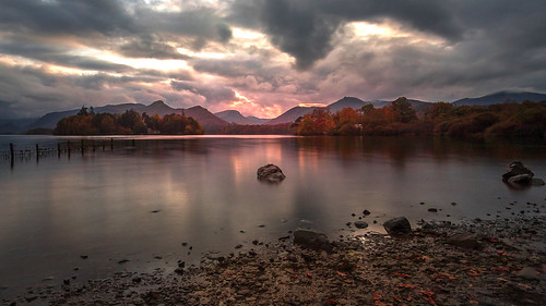"sunet windermere lake lakeside bowness uk england cumbria lakedistrict boats autumn autumnal lakedistrictnationalpark northwestengland mountainpeaks villages theworldofbeatrixpotterattraction orresthead fells holehirdgardens flickrexploreme ""flickrtravelaward"" longexposure tarn leefilters bigstopper canon cloudscape lightroom countryfile sergeramelli canon7dii"