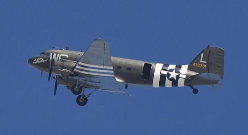 DOUGLAS C-47 SKYTRAIN, HUNTINGTON BEACH Ca