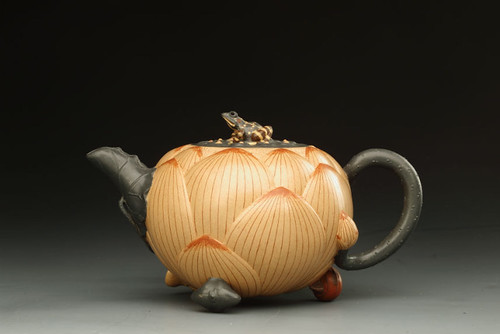 "Jiang Rong (1919–2008), Teapot, 20th c., Clay, 7.2"" x 4.5"" x 4"", Wuxi Museum, China, (H2-34). From San Antonio Museum of Art Rocks With New Chinese Acquisition"