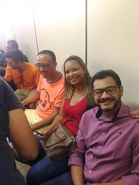 Reunião com os feirantes e a comunidade na Administração Regional de Santa Maria