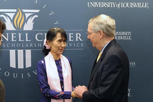Aung San Suu Kyi Photos (With Scholars) - 50
