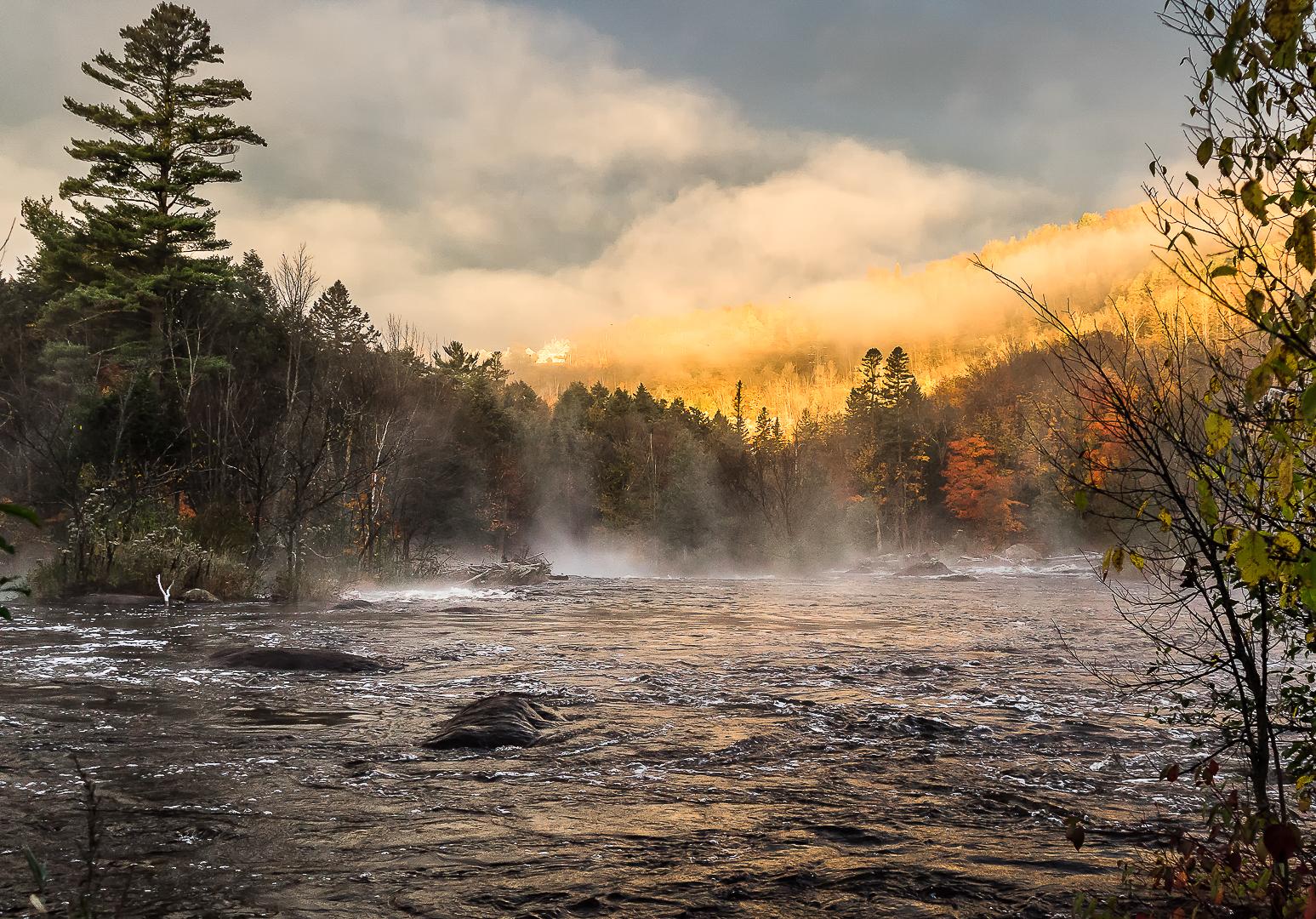 Petit matin sur la rivière du Nord