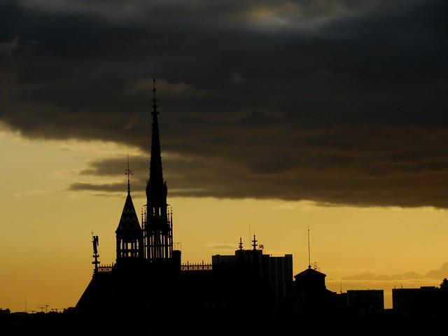 vue depuis les toits de Paris..seen from the roofs of Paris..