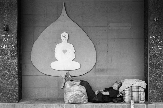 Sleeper in Yaowarat, Chinatown