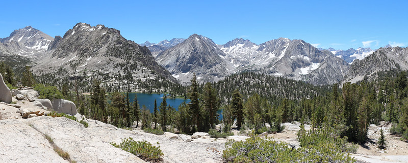 Panorama view over Bullfrog Lake with East Vidette Peak in the center
