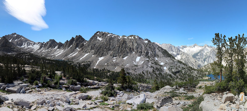 Panorama view of the Kearsarge Basin form the Kearsarge Pass Trail as it nears Bullfrog Lake