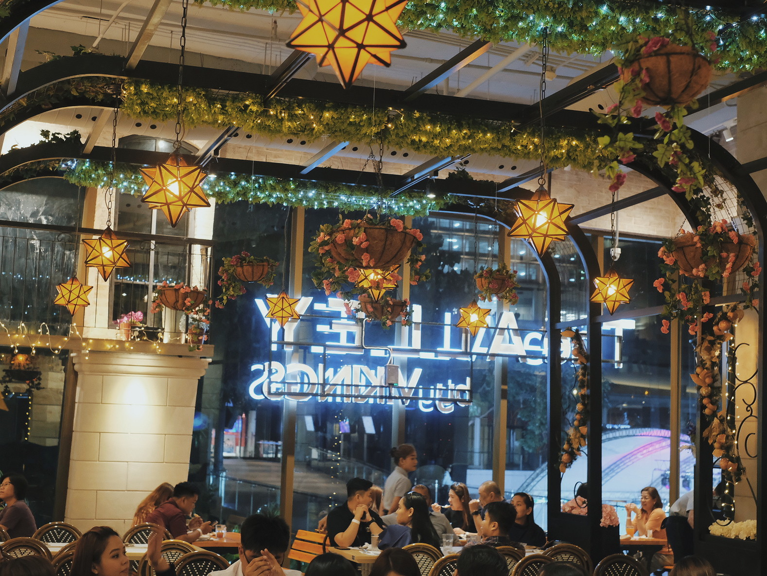 The Alley by Vikings Rates Romantic Restaurant in BGC