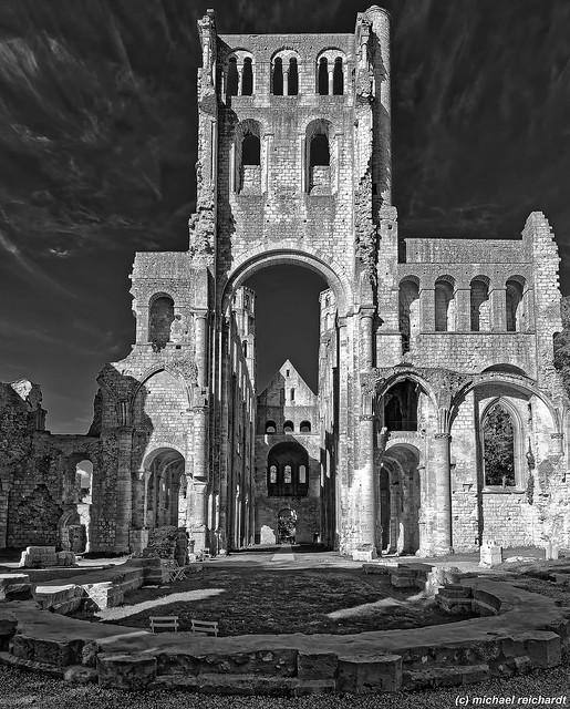 L'Abbaye des Jumièges / Normandy