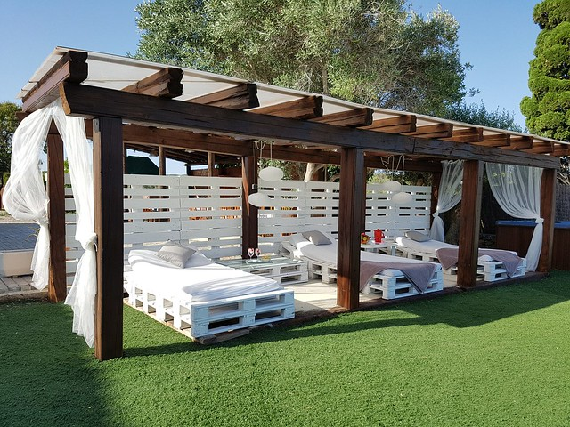 Zona chill out Jardin masia Can Trabal