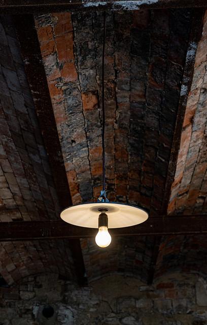 Sous plafond