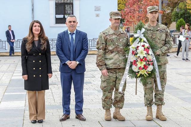 Ambassador Herro Mustafa Lays Down a Wreath and Meets with Mayor Stefan Radev