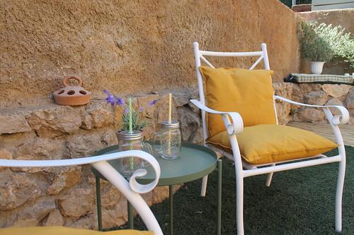 Detalle jardín, porche y piscina Masía Alt
