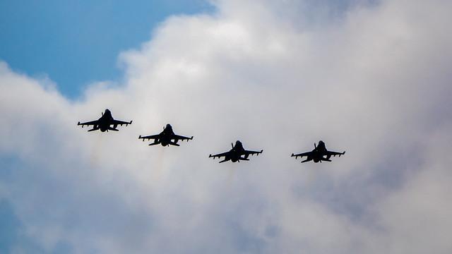 4x F16 - J-020, J-146, J-001 en J-008 - RNLAF - Volkel - NL