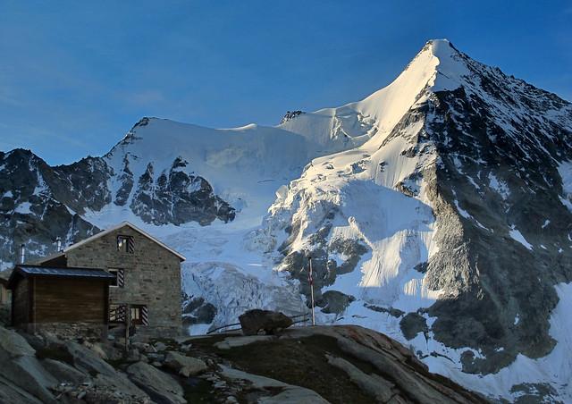 Grand Mountet hut and Obergabelhorn (4063 m)