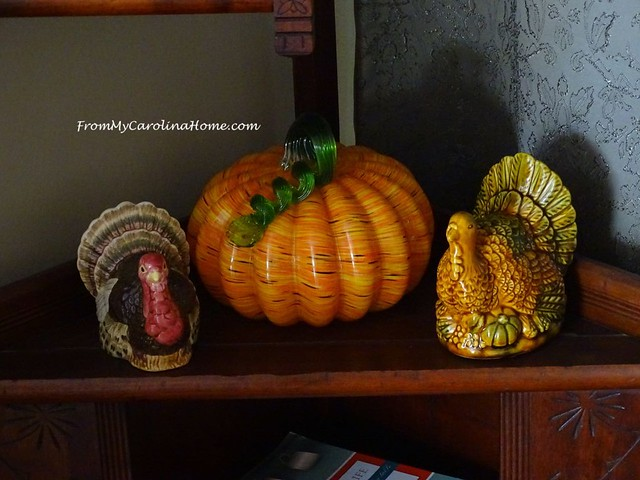 November Decorating at FromMyCarolinaHome.com