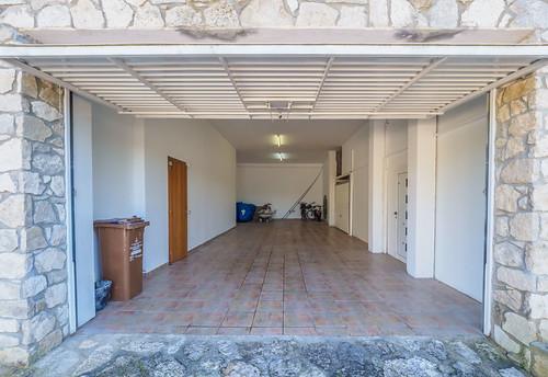 Garaje planta baja con gran capacidad interior