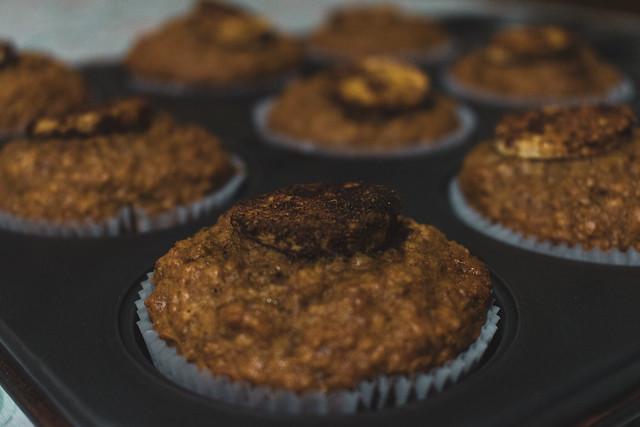 Banana cupcake and oatmeal