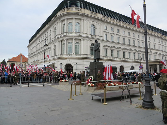 11 Listopada 2019  Warta przed Pomnikem Piłsudskiego
