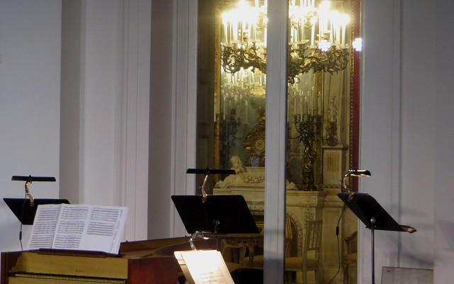 Avant le concert, Villa Pignatelli, 1826, Chiaia, Naples, Campanie, Italie.