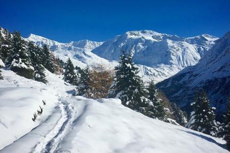 Aktuálně: sněhová záplava v Alpách a první lyžování v Česku