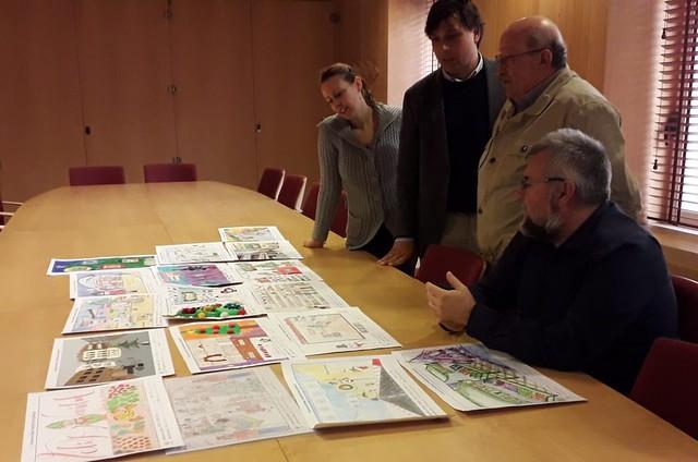 Abril Alonso, alumna del CEIP Francisco de Vitoria, ganadora del I Concurso de Dibujo de los comerciantes de ASECOV